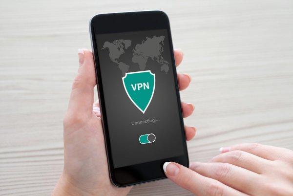 Apple блокирует учетные записи за использование VPN